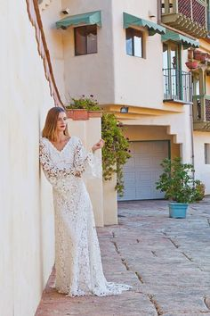 Crochet Lace Bohemian Wedding Dress. OPEN by Dreamersandlovers