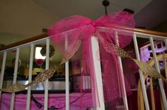 Maybe for the Tables or around the sitting area Hot pink and leopard baby shower decor Tulle Bows, Pink Tulle, Cheetah Baby Showers, Birthday Ideas, Birthday Parties, Baby Leopard, Sitting Area, Girl Shower, Baby Shower Parties