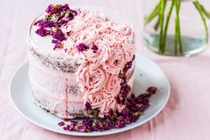 This Thermomix Rose Pistachio cake is a true masterpiece for mothers day. It is an easy recipe and has the perfect balance of Persian flavours. Smooth Icing, Pistachio Cake, Pistachio Recipes, Pink Food Coloring, Sugar Icing, Pink Foods, Cake Tins, Round Cakes, Savoury Cake