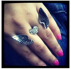 3 finger ring