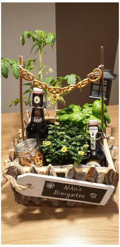Diy Gifts For Christmas, Diy Pinterest, Diy Cadeau, Beer Gifts, Garden Gifts, Diy Garden, Garden Ideas, Diy Birthday, Ideas For Birthday Gifts