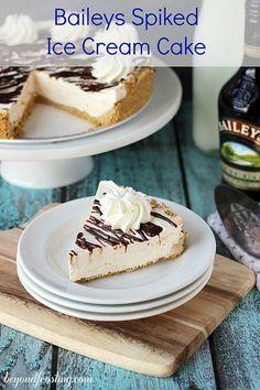 Baileys Spiked Ice Cream Cake | beyondfrosting.com | #baileys #icecream