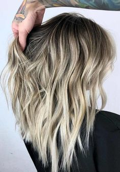 Wondering how to wear blonde with dark roots? Dont worry at all, see here the best ideas of balayage blended hairstyles with black roots 2018 for cute and stunning hair look. This hair color ideal for various hair lengths like medium, long and short hair length haircuts.