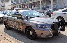 Pennsylvania, Pennsylvania State Police, Ford Interceptor, Grey color vehicle. Old Police Cars, Ford Police, Army Police, Police Patrol, State Police, Police Officer, Sirens, Radios, 4x4