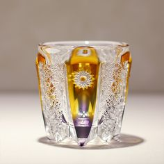 Glass Artwork, Antique Boxes, Glass House, Amber Glass, Cool Items, Glass Design, Cut Glass, Edo Kiriko, Vase