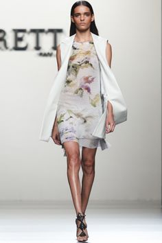 Fashion From Spain >> Womenswear >> Roberto Torretta