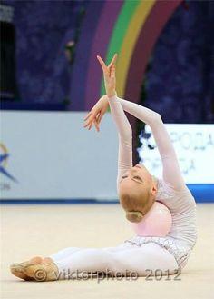 Anastasia Mulmina (Ukraine)...