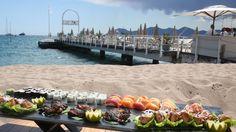 Baoli Beach Beach Club, Cannes | SeeCannes.com Marriott Hotels, The Beautiful Country, Grand Hotel, Beach Club, Cannes, France, Table Decorations, Home Decor, Decoration Home