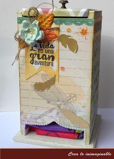 El scrapbook no solo es bonito, puede llegar a ser muy funcional !!!, te traemos un buen ejemplo de ello, mira el hermoso dispensador de toallitas que nos trae Tishita con #texturarte #scrapbook #manualidades #scrapbooking #crafting