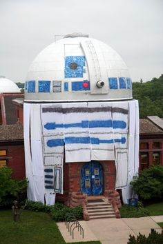 Students at Minnesota's Carleton College today unveiled an awesomely elaborate prank. They turned the campus astronomical observatory into a giant R2D2.