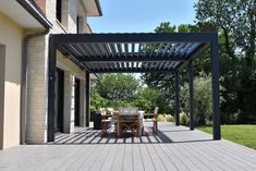 Brustor aluminium pergola with louvred roof from Broadview