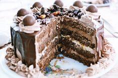 Tort cu ciocolata Nestle Dessert - Rețete Papa Bun Yummy Cakes, Tiramisu, Caramel, Bacon, Deserts, Sweets, Snacks, Ethnic Recipes, Food