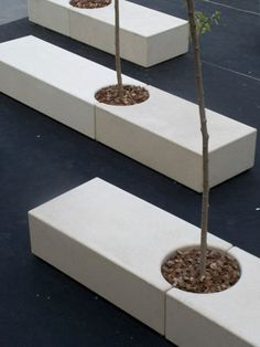 Public bench / organic design / engineered stone / with backrest - LUNGOMARE by Enric Miralles - Benedetta Tagliabue - Escofet