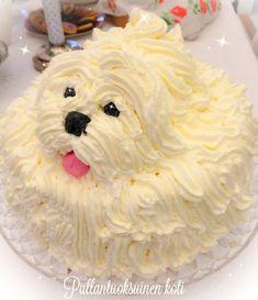 Pullantuoksuinen koti: Koirakakku syntymäpäiville. #Dogcake #birthdaycake Fondant Flower Cake, Fondant Bow, Fondant Cakes, Puppy Cupcakes, Puppy Cake, Chocolate Fondant, Modeling Chocolate, Fondant Figures Tutorial, Fondant Animals