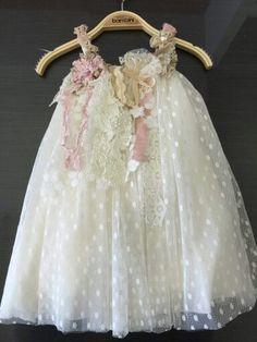 Βαφτιστικα 2015 Μαχαιρας Vintage Roses, Vintage Pink, Wedding Flower Girl Dresses, Girl Christening, Baby Dress, Girl Outfits, Tulle, Daughter, Sewing