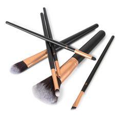 1a9aee9f7927 A(z) Sminkecset nevű tábla 22 legjobb képe   Makeup Brushes, Beauty ...