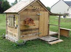une cabane roulotte en bois de palette Une autre vie