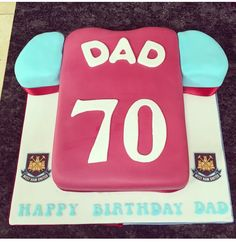 West Ham United football shirt cake
