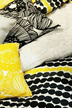 marimekko collection spring kevat kesa summer This bedding in a room with our sunny yellow lacquered jewellery box would be such a playful modern space. Interior Design Boards, Modern Interior Design, Interior Designing, Marimekko Fabric, Design Apartment, European Home Decor, Eclectic Decor, Eclectic Modern, Home Decor Trends