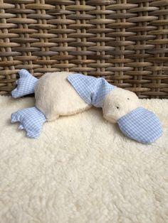 Diy Bebe, Plush Pattern, Ducks, Puppets, Kids Rugs, Diy Crafts, Throw Pillows, Quilts, Sewing