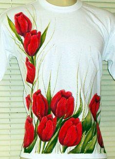 Resultado de imagem para pintura em tecido tulipas vermelhas T Shirt Painting, Mural Painting, Mural Art, Fabric Painting, Fabric Art, Diy Painting, Fabric Design, Hobbies And Crafts, Diy And Crafts