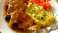 Schab duszony w sosie z whisky i suszonymi śliwkami Coleslaw, Whisky, Chicken Wings, Cauliflower, Mashed Potatoes, Meat, Vegetables, Ethnic Recipes, Blog