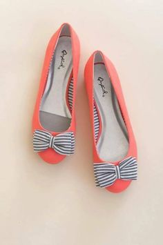 hot sale online 09b5f 119f7 Bow To Stern Flats - Coral With Blue And White Striped Bow - US Women s 8