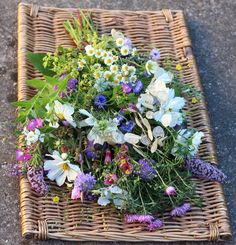 100% biodegradable. Summer sheaf of British flowers for a natural burial.