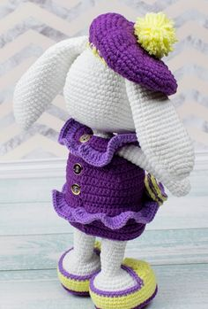 Amigurumi Drooping Eared Rabbit Recipe, Amigurumi rabbit making - Kaninchen Easy Amigurumi Pattern, Amigurumi Doll, Knitting For Kids, Free Knitting, Easter Crochet Patterns, Crochet Home Decor, Gifts For Pet Lovers, Doll Patterns, Crochet Toys