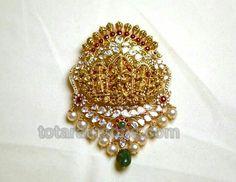 Nakshi pacchi pendant