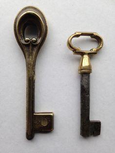 Online veilinghuis Catawiki: Bronzen en ijzeren sleutels - Art Deco en Art Nouveau
