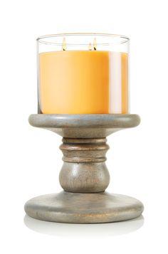Short Wooden Pedestal 14.5 oz. 3-Wick Candle Pedestal - Slatkin & Co. - Bath & Body Works