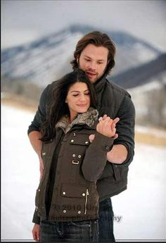 Photo of ~Jared&Gen~ for fans of Jared Padalecki & Genevieve Cortese 30653362 Genevieve Cortese, Jared Padalecki Supernatural, Supernatural Cast, Supernatural Background, Jared Padalecki Wedding, Braids Tutorial Easy, Mark Sheppard, I Love Mom, Vampire Academy