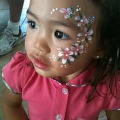 Girl flowers Face painting :)