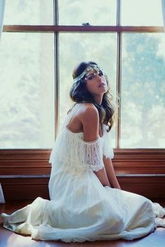 PREVIEW: 【再編集待ち】今年流行のヒッピーファッションをカルチャーとカタログで♡ - Locari(ロカリ)