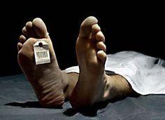 Rüyada ölmüş biriyle içki içmek: Rüyayı gören kişinin, zamanında gerçekleştiremediği ve artık geriye dönüşü de olmayacak bir işin içinde ukde olarak kalmasına yorumlanır. Rüyada ölmüş biriyle mezar…