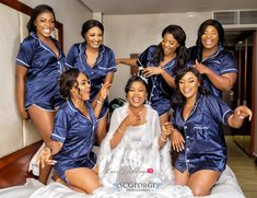 A collection of Nigerian brides and bridesmaids ditched bridal robes this year and chose to wear unconventional pieces such as denim shirts, sportswear, dashiki, etc. Wedding Day Robes, Bridal Robes, Wedding Reception, Wedding Stuff, Wedding Ideas, Bridesmaid Robes, Brides And Bridesmaids, Bridal Shower Pictures, Shower Dress For Bride