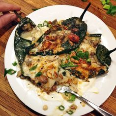 Keto chili relleno recipe for dinner. Bake these low carb chili rellenos with mushrooms and cheese. Ketogenic Recipes, Keto Recipes, Cooking Recipes, Healthy Recipes, Cooking Chili, Ketogenic Diet, Cooking Kale, Healthy Foods, Low Carb Chili