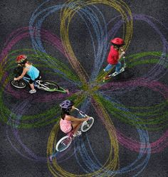 #CreativeFun for Kids Chalktrails for Bikes and Scooters Lets #KidsExplore  Their Creativity / Riding Around The Neighborhood