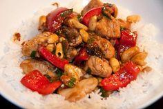 Ak máte radi kombináciu mäsa a arašidov. Chicken Stir Fry, Kung Pao Chicken, Turkey Recipes, Chicken Recipes, Stir Fry Recipes, Russian Recipes, Fries, Good Food, Food And Drink