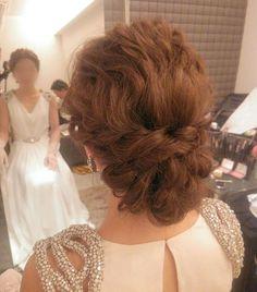 おしゃれでとっても綺麗な花嫁様でした♪  #ヘア#ヘアアレンジ #ヘアセット#ヘアスタイル#ルーズアレンジ#波ウェーブ #ブライダル#ウェディングドレス#ジェニーパッカム #トリートドレッシング #ドレス#結婚式#プレ花嫁#花嫁#weddingdress #wedding #weddingstyle #bridal#Instagram#hairarrange#hair#hairdo #hairstyle #weddingphotography #おしゃれ#treatdressing#instagood