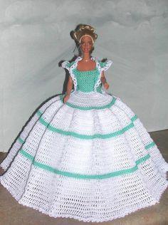 Gehäkelte Puppe Barbie Pattern  683 von JudysDollPatterns auf Etsy