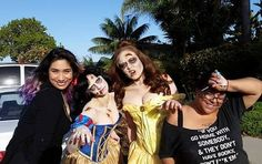 #BTS #behindthescenes photo of @straight_outta_jaxx.mua and I with our lovely zombies @kelseyzuk and @karinefab  Photo and hair styling by @beautifulcatastrophe_92  #zombie #zombies #Disney #disneyprincess #horror #makeup #makeupartist #MUA #art #artist #airbrush #prosthetics #photoshoot #31daysofmakeupchallenge #31daysofmakeup  #31SFX by delalunabodypaint