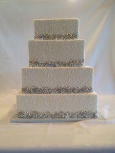 silver dragees and crystal sugar wedding cake