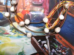 How to make a Leather & Pearl Necklace | Alonso Sobrino Hnos. Co. & Inc. Druzy Beads and Fabrics