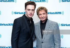 Moderator Erich Bergen (L) and Barry Manilow visit SiriusXM Town Hall at SiriusXM Studios on April 21, 2017 in New York City.