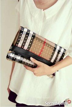 Torebka kopertówka Burberry Burberry, Bags, Fashion, Handbags, Moda, Fashion Styles, Fashion Illustrations, Bag, Totes