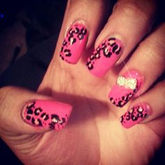 Devoted cheetah print lover ♡
