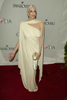 Carmen Dell'Orefice: Proof that women over 70 can wear sleeveless.