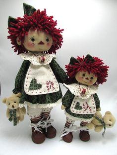 "Primitve Folk Art Standing 2 Raggedy Ann Dolls ""Big Sis & Lil Sis"" | Antiques, Primitives | eBay!"